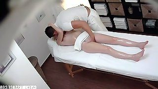 Amateur Czech Massage