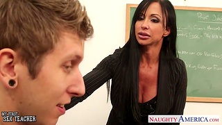 My first sex with fucking hot grown up teacher Jewels Penetrate